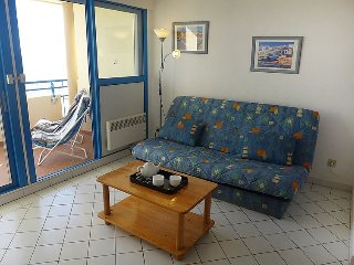 Apartment in Canet-en-Roussillon with Terrace, Lift, Parking, Washing machine - Canet-en-Roussillon vacation rentals
