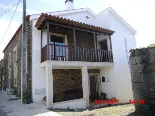 Bright 4 bedroom House in Miranda do Douro - Miranda do Douro vacation rentals