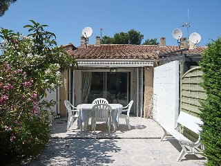 Villa in Agde with Terrace, Air conditioning, Washing machine (95797) - Agde vacation rentals