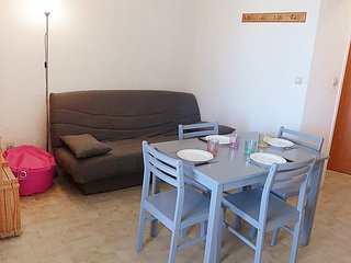 Apartment in Canet-en-Roussillon with Lift, Parking, Balcony (96511) - Canet-en-Roussillon vacation rentals