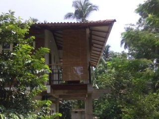Cozy 2 bedroom Vacation Rental in Tissamaharama - Tissamaharama vacation rentals