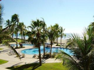 Perfect House with Deck and Internet Access - Isla de la Piedra vacation rentals