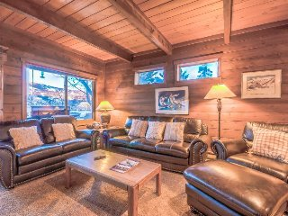 Breathtaking Views, Private and Quiet, Pet Friendly. - Steamboat Springs vacation rentals