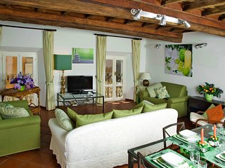 Cozy Roma Apartment rental with Internet Access - Roma vacation rentals