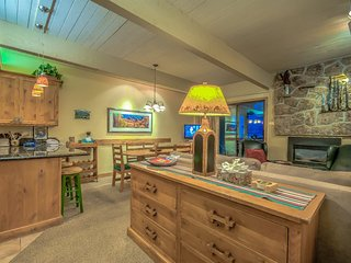 True Ski In/Out, Nicest Condo In Complex, Best Amenities - Steamboat Springs vacation rentals