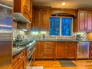 Gorgeous Home, Blocks From Gondola, Discounted Lift Tickets - Steamboat Springs vacation rentals