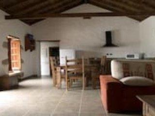 2 bedroom House with Television in Barranco del Pinar - Barranco del Pinar vacation rentals