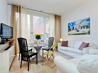 Rome Unique Trevi Fountain 2 bedroom - Rome vacation rentals