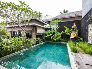 Private Room in LUXURY Villa Ocean View/Pool 3 - Ungasan vacation rentals