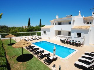 UP TO 25% OFF! Villa QUINTINHA DO BARCO, pool, AC, WiFi, games equipment and bbq - Sesmarias vacation rentals