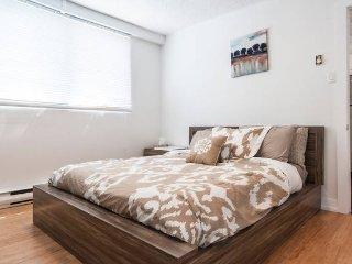 Renovated, Spacious and Clean Place - Saint-Lambert vacation rentals