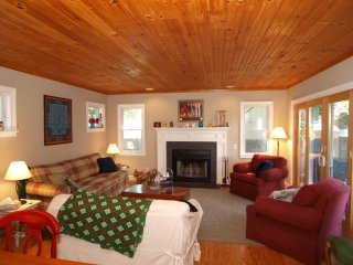 Beautiful House 3 Blocks from the Ocean - Rehoboth Beach vacation rentals