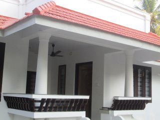 Perfect Private room with Television and Parking - Kuttanad vacation rentals
