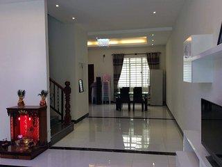Perfect 4 bedroom Villa in Phnom Penh - Phnom Penh vacation rentals