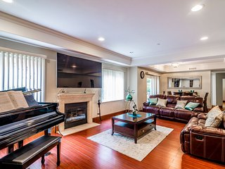 West Los Angeles Luxury Condo - Beverly Hills vacation rentals