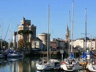 A2 Apartment with Pool at heart of La Rochelle - La Rochelle vacation rentals