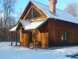 Perfect Chalet with A/C and Satellite Or Cable TV - Maryland vacation rentals