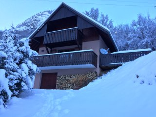 Cosy & Stylish Private Chalet with Stunning views - Vaujany vacation rentals