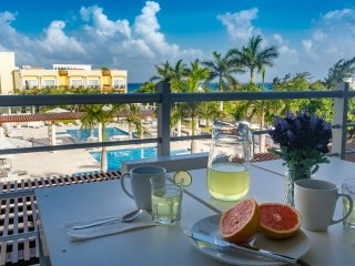 Largest 2 BR/2Bath unit with Ocean Views, 2 living rooms with pull-out beds - Playa del Carmen vacation rentals