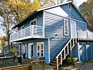 Cove Protected Waterfront Home w Hot Tub! - Lake Ozark vacation rentals