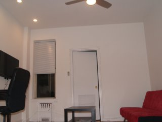 UPPER EAST PRIVATE 1 BEDROOM APT - CENTRAL - New York City vacation rentals