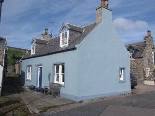 25 Sandend Village, by Portsoy, Banffshire, AB45 2UB - Portsoy vacation rentals
