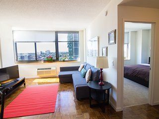 !!Cozy Apt, Awesome Views!!Spring Special Offer!!-16QE - Jersey City vacation rentals