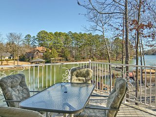 NEW! Large Lakefront 6BR - Golf/Boater Dream Home! - Hot Springs Village vacation rentals