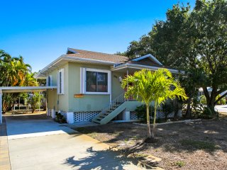 Waterside Cottage on the Canal near Times Square - Fort Myers Beach vacation rentals