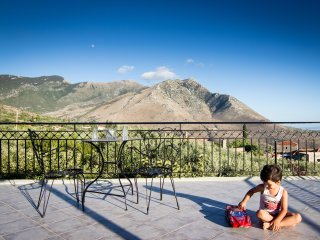 Stunning sea + mountain views in ancient Thalamai - Thalames vacation rentals