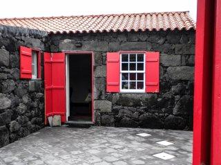 Ocean - Casa do Pátio - Sao Roque do Pico vacation rentals