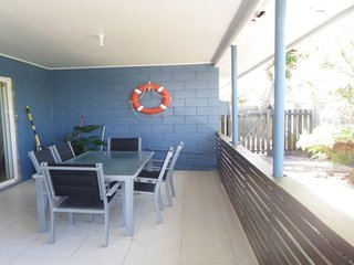 3 Holt Street - Currimundi QLD - Currimundi vacation rentals