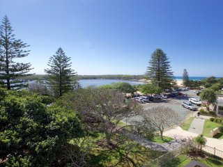 19 Hume Parade unit 3 Currimundi, QLD - Currimundi vacation rentals