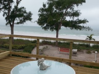 BEACH FRONT,  PRIVATE LARGE  UPPER DECK, #5  SUNSETS IN PARROTDISE - Treasure Island vacation rentals