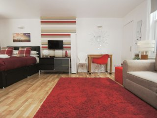 Nice Brighton Apartment rental with Deck - Brighton vacation rentals