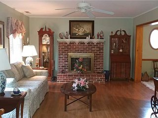 437 Collins Street - Bethany Beach vacation rentals