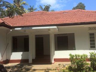 Spacious 5 bedroom Matara House with Internet Access - Matara vacation rentals
