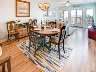 Lovely House with Internet Access and Shared Outdoor Pool - Rodanthe vacation rentals