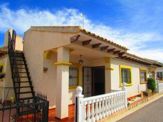 2 bed Bunglalow In Playa Flamenca - Playas de Orihuela vacation rentals