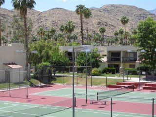 Waverly Drive Vacation Home at Palm Springs Golf & Tennis Club - Cathedral City vacation rentals