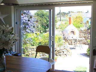 Perfect House with Internet Access and Satellite Or Cable TV - Camborne vacation rentals