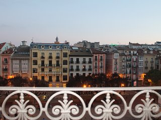 CIUDADELA apartment - PEOPLE RENTALS - Pamplona vacation rentals