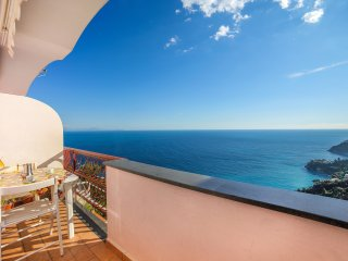 LivingAmalfi Rachel - Apartment up to 4 people, sea view, wifi, free parking - Vettica di Amalfi vacation rentals