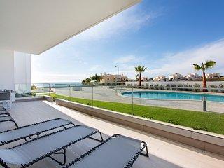 Luxury Ocean Apartment, Porto de Mos, Lagos - Lagos vacation rentals