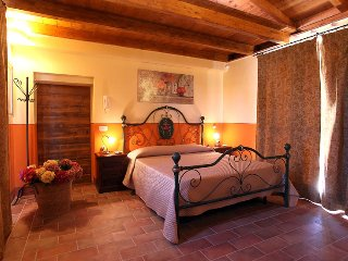 "Borgo san Giuliano, apartment ""Domus Grezza"" - independent villa - Grosseto vacation rentals"