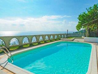 LivingAmalfi Vespero Villa with private swimming pool, wifi, stunning sea view! - Vettica di Amalfi vacation rentals