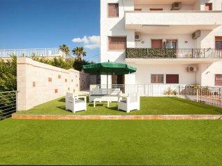 604 Penthouse with Terrace in Santa Maria al Bagno - Santa Maria al Bagno vacation rentals