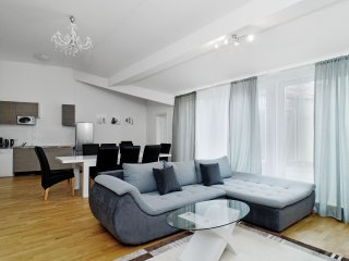 3 bedroom Condo with Central Heating in Berlin - Berlin vacation rentals