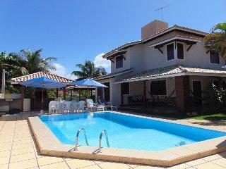 Casa Estrela - Bahia 4 bed beachhouse close to beach - Guarajuba vacation rentals