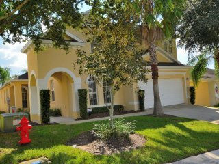 Disney Dream, Gorgeous 5 Bedroom 4 Bath Pool and Spa Home - Davenport vacation rentals
